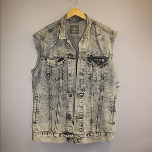 2 for $60 | UO | Jean Distressed Vest | Size XL